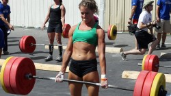 deadlift girl 250x140 deadlift girl